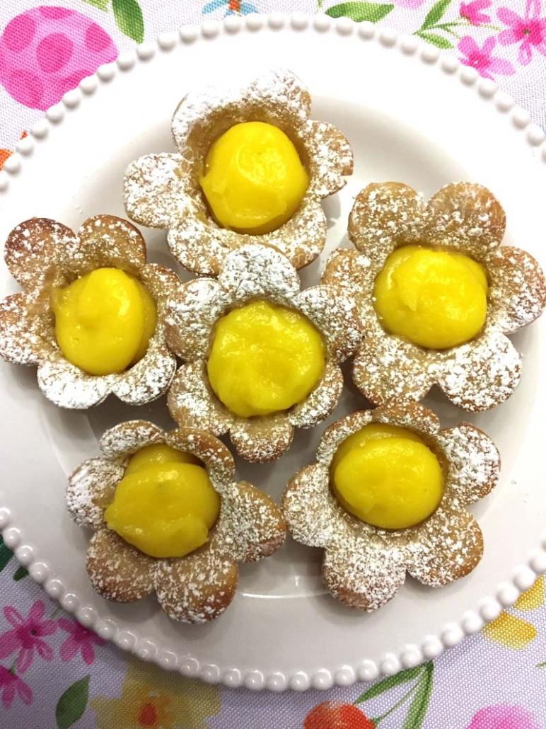 Easy Lemon Flower Desserts