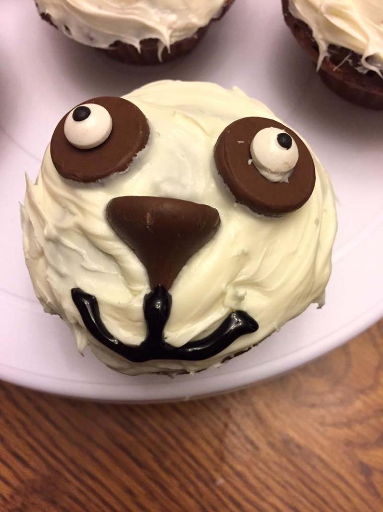 yummy panda dessert