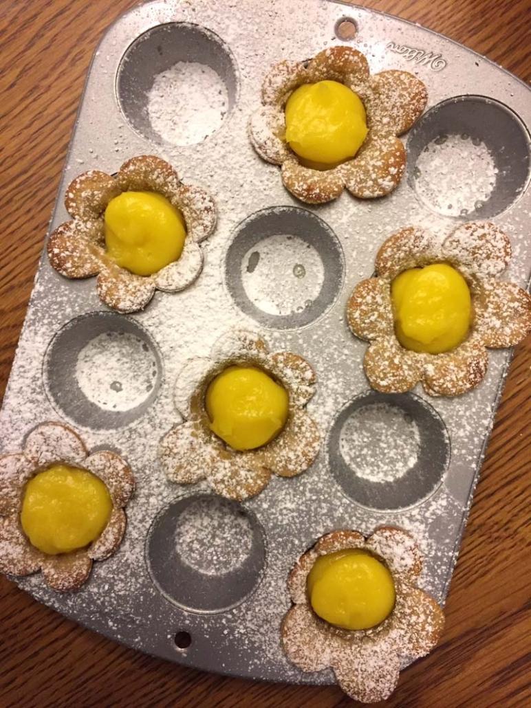 Lemon Flower Tarts In A Muffin Tin