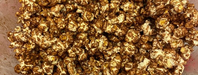 homemade chocolate popcorn
